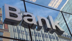 THE ITALIAN BANKS